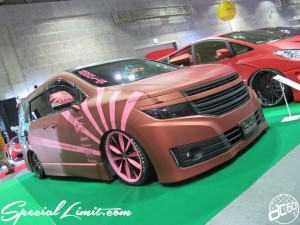 Osaka Auto Messe 2014 Car & Customize Motor Show Intex Custom Wrapping Elgrand Slammed