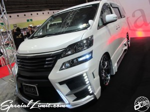 Osaka Auto Messe 2014 Car & Customize Motor Show Intex Custom Black Pearl TOYOTA Vellfire