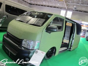 Osaka Auto Messe 2014 Car & Customize Motor Show Intex Custom T-Style Slammed HIACE