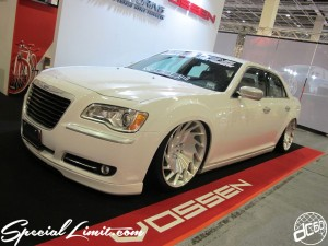 Osaka Auto Messe 2014 Car & Customize Motor Show Intex Custom P.G Motoring Chrysler New 300C Slammed VOSSEN FORGED Wheel