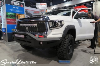SEMA Show 2014 Las Vegas Convention Center dc601 Special Limit TOYOTA Truck