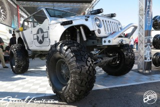 SEMA Show 2014 Las Vegas Convention Center dc601 Special Limit CHRYSLER JEEP Wrangler Unlimited Army Style HAUK