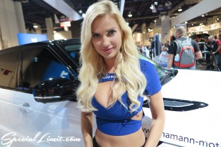 SEMA Show 2014 Las Vegas Convention Center dc601 Special Limit TOYO TIRES Image Girl