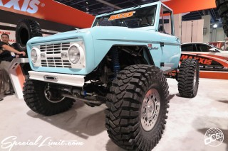SEMA Show 2014 Las Vegas Convention Center dc601 Special Limit FORD BRONCO MAXXIS